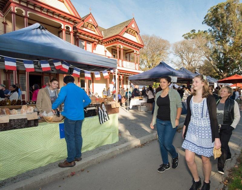 Riccarton Bush - Christchurch Farmers' Market | Find Christchurch NZ